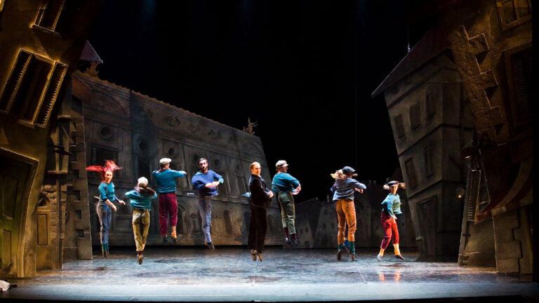 Dekoracje teatralne Deko-Bau - Dziadek do orzechów